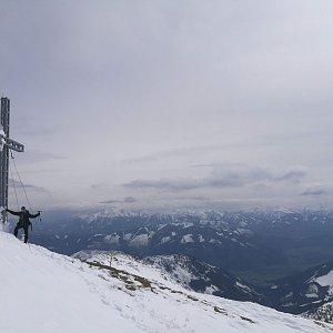 martenzites na vrcholu Grosser Pyhrgas (8.5.2019 15:15)
