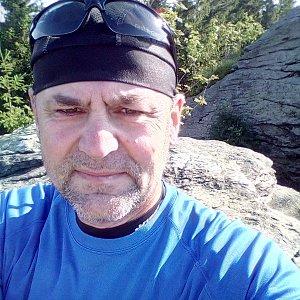 Li Be na vrcholu Žárový vrch (26.7.2020 8:06)