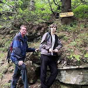 Pavel a Lukáš na vrcholu Skalka (na Pustevnách) (3.8.2019 12:26)