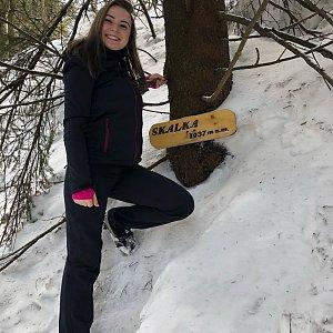 Nicole na vrcholu Skalka (na Pustevnách) (10.2.2019)