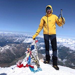 Michal Mareš na vrcholu Elbrus (14.7.2019 9:30)
