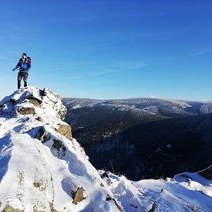 Tomáš Vašíček na vrcholu Medvědí hora (27.12.2020 13:30)