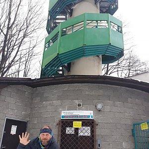 Martin a Jana Halamíčkovi na vrcholu Bílá hora (17.4.2021 10:07)