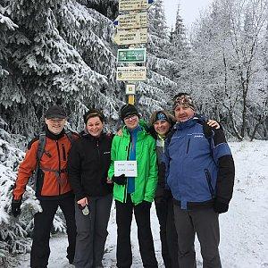 Iveta na vrcholu Javorový vrch (13.1.2018 10:00)
