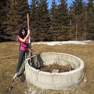 Jana Mayerová na vrcholu Javorový vrch (31.3.2019 13:44)