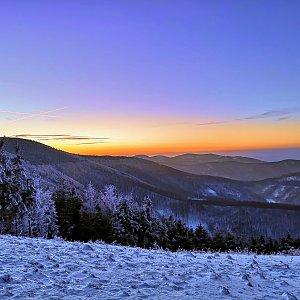 Radka Nezvalová na vrcholu Javorový vrch (6.1.2020 16:24)
