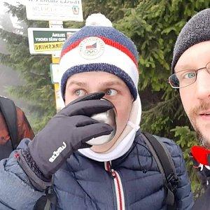 Lukáš, Vojta, a Martin Maupi Day na vrcholu Javorový vrch (11.1.2020 19:12)