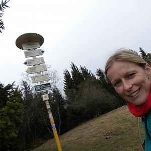 Michaela Karásková na vrcholu Javorový vrch (19.4.2020 13:38)