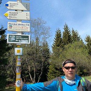 Pery na vrcholu Javorový vrch (9.5.2020 12:36)