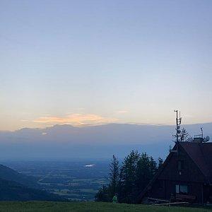Barbora Sikorová na vrcholu Javorový vrch (10.7.2020 20:36)