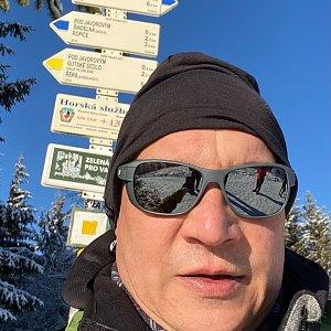 Pery na vrcholu Javorový vrch (10.1.2021 10:16)