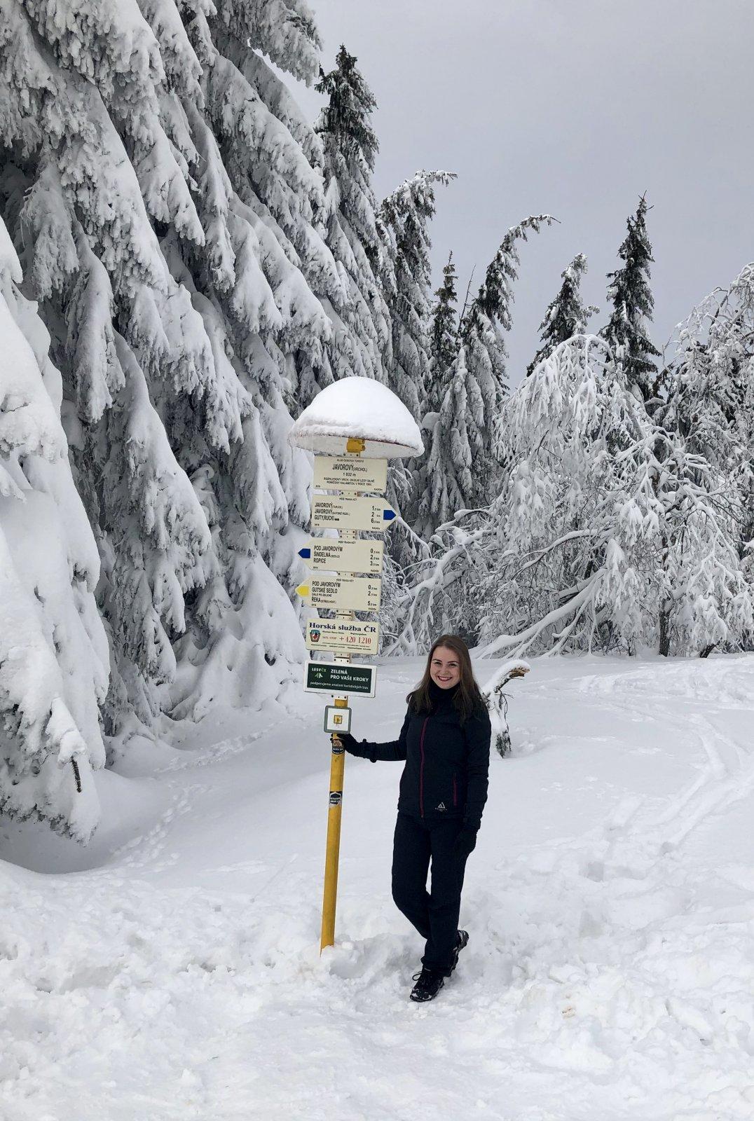 Nicole na vrcholu Javorový vrch (20.1.2019 12:11)