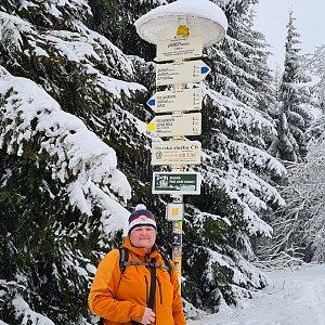 Lucie Hrošík Hejnalová na vrcholu Javorový vrch (16.2.2021 16:51)
