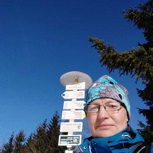 karina gasova na vrcholu Javorový vrch (21.2.2021 9:41)