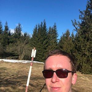 Honza Rotrekl na vrcholu Javorový vrch (12.4.2021 8:26)