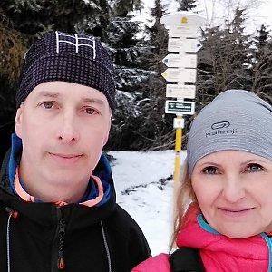 I+L Rajnochovi na vrcholu Javorový vrch (2.3.2019 9:52)