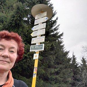 Anna na vrcholu Javorový vrch (7.4.2019 20:32)