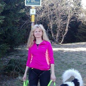 Lenka Sztymonová na vrcholu Javorový vrch (22.4.2019 15:50)