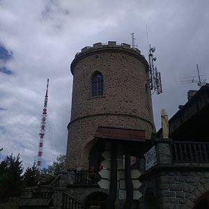 Pavla Lžičařová na vrcholu Kleť (30.4.2018 17:56)
