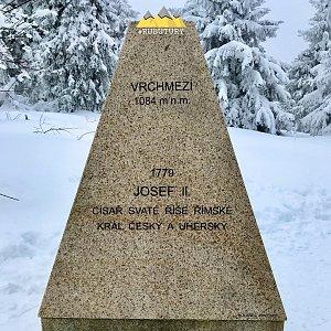 David RUBU TÚRY na vrcholu Vrchmezí (13.2.2021 12:46)