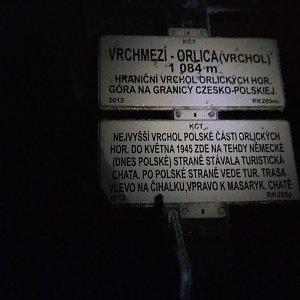 Dolfa na vrcholu Vrchmezí (24.1.2021 21:15)