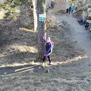 Jana F na vrcholu Starojický kopec (28.2.2021 16:01)