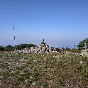 krupjan na vrcholu Pec (29.8.2019 8:59)