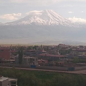 Dolfa na vrcholu Ararat (6.5.2021 11:00)