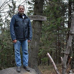 Ladislav Farý na vrcholu Burkův vrch / Burkov vrch (19.4.2020 10:45)