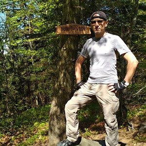 Aleš Sýkora na vrcholu Burkův vrch (6.5.2018 14:25)
