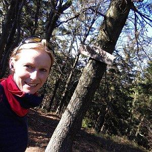 Michaela Karásková na vrcholu Burkův vrch (5.4.2020 15:49)