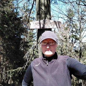 karina gasova na vrcholu Burkův vrch (21.4.2020 12:25)