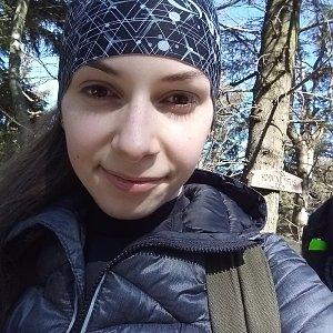 Daniela na vrcholu Burkův vrch (15.3.2020 11:48)