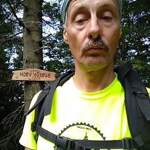 Jiří Sumbal na vrcholu Burkův vrch (13.8.2018 10:58)