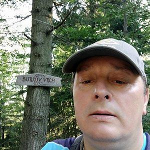 Roman Grebenar na vrcholu Burkův vrch (28.7.2020 8:12)