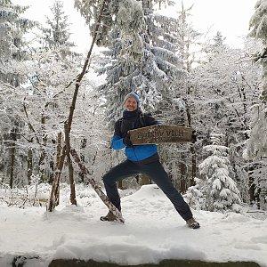 Petr Bartoň na vrcholu Burkův vrch (10.1.2021 17:50)