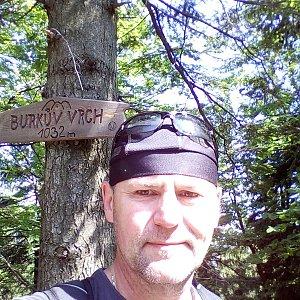 Li Be na vrcholu Burkův vrch (9.6.2019 9:59)