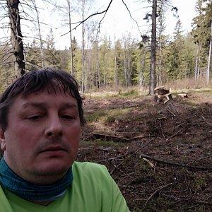 Roman Grebenar na vrcholu Velká Kyčera (8.5.2020 9:58)
