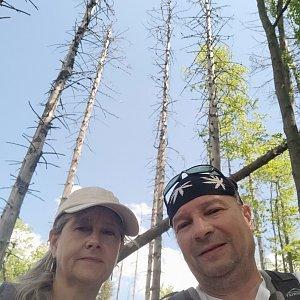 Jiří a Iveta na vrcholu Uplaz (6.6.2021 12:40)