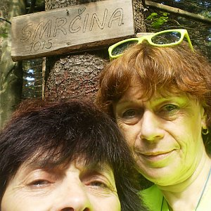 Vlasta a Zdena na vrcholu Smrčina (31.8.2018 20:39)