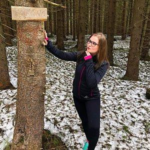 Nicole na vrcholu Smrčina (7.4.2019)