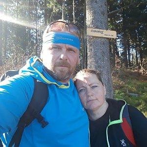 Martin a Jana Halamíčkovi na vrcholu Čuboňov (27.10.2019 12:22)