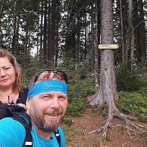 Martin a Jana Halamíčkovi na vrcholu Čuboňov (30.8.2020 7:24)