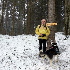 Joch a Dingo na vrcholu Čuboňov (10.3.2019 15:37)