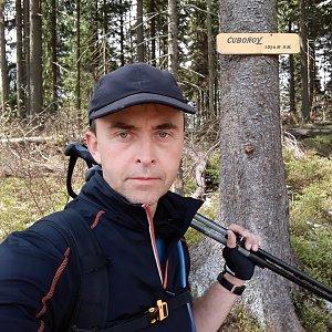 Pavel Skřičík na vrcholu Čuboňov (8.5.2019 12:03)