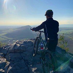 MalyPrinc na vrcholu Bořeň (7.10.2019 15:00)
