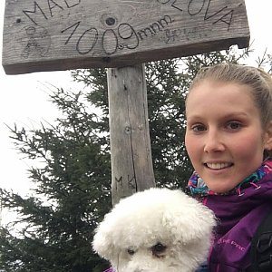 Natálie Cváčková na vrcholu Malá Stolová (6.4.2018 13:12)