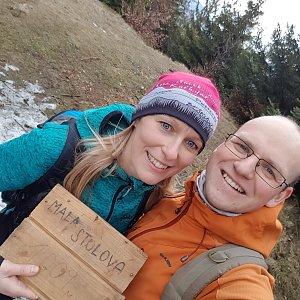 Michaela Karásková na vrcholu Malá Stolová (2.2.2020 12:21)