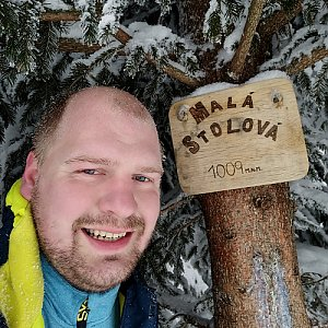 Petr Petrik na vrcholu Malá Stolová (14.2.2021 9:20)