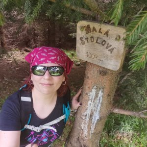 Daniela Vajsová na vrcholu Malá Stolová (5.7.2021 12:23)